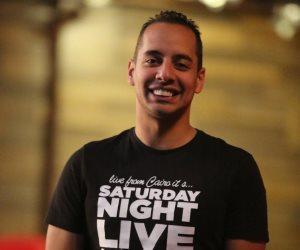 """عمرو وهبة.. يتصدر التريند بعد نجاح """"لذيذ"""" بمسلسل """"في بيتنا روبوت"""" (صور)"""