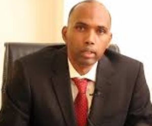 رئيس الوزراء الصومالي يقيل وزراء الخارجية والداخلية والتجارة