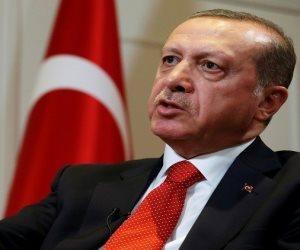 حصيلة أسبوع من الاعتقالات في تركيا تتخطى المئات.. هكذا يقمع أردوغان الشعب