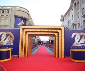 """مدينة الإنتاج الإعلامي تحتفل بعامها الـ20 بأطول """"ريد كاربت"""" في الوطن العربي (صور)"""