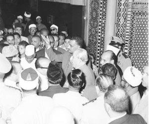 ناصر على باب الحسين.. أبدا تحن إليكم الأرواح (صور)