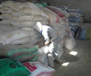 ضبط صاحب مصنع يستخدم بذور سامة في تصنيع الأعلاف الحيوانية بالجيزة (صور)