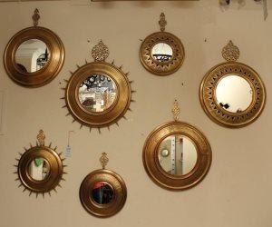 ديكورات المرايا ... أناقة على الجدران ومساحة أكبر