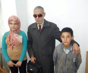 """""""التضامن"""" تنقذ طفلين يعيشان في الشارع بكفر الشيخ.. وتدرج الأسرة ضمن برنامج تكافل وكرامة (صور)"""