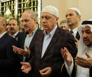"""لص بدرجة رئيس جمهورية.. """"أردوغان"""" يتزعم عصابة دولية لتهريب الأموال"""