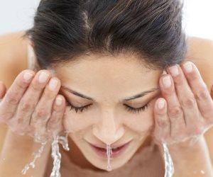 فوائد غسيل الوجه بالماء البارد.. وماذا يفعل في البشرة؟