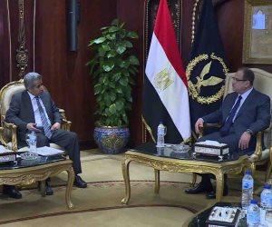 أمين مجلس وزراء الداخلية العرب يشيد بالدور المصري في مكافحة الإرهاب أثناء لقائه مجدي عبد الغفار