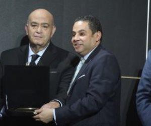 وزير قطاع الأعمال العام يبحث مع سفير اليونان بالقاهرة سبل التعاون المشترك