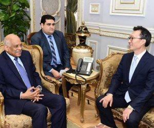 """رئيس مجلس النواب بستقبل ٤ سفراء.. ويؤكد اهتمام مصر بـ""""التجربة الكورية"""" (صور)"""