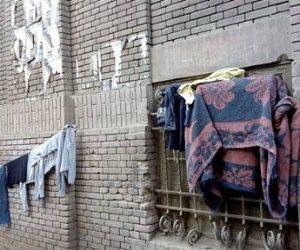 """""""كافتيريا ومنشر غسيل"""".. مدرسة الحسينية بالوايلي من اللغات إلى المقابر (صور)"""
