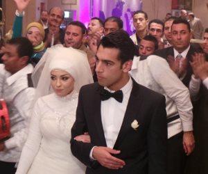 بعد تألقه مع ليفربول.. ماذا قالت الصحافة الإنجليزية عن محمد صلاح وزوجته؟