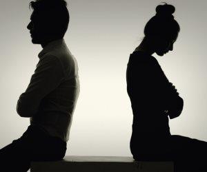 «نور» في دعوى خلع: زوجي كان يدعي التدين والفضيلة واكتشفت أنه «حشاش ونصاب»