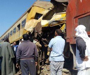 النيابة العامة بالبحيرة تواصل تحقيقاتها فى حادث تصادم قطاري المناشي (صور)