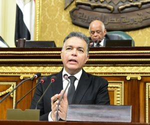 """الخميس.. وزير النقل يرفع العلم المصرى على القاطرات """"إسكندرية"""" 4 و 8"""