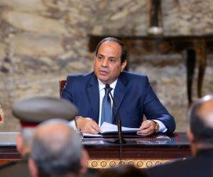 الرئيس السيسي مداعبا الحكومة: «ممكن كلها تبقى سيدات في يوما ما»