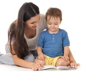 بحيل بسيطة و في 4 خطوات  ..  شجعي طفلك على القراءة