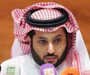 ربي إنى مسني الضر وأنت أرحم الراحمين.. تركي آل الشيخ يتلقى العلاج بعد تعرضه لوعكة صحية (صور)
