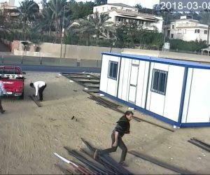 """ضبط عاطلين أثناء سرقة """"كرفانات حديد"""" بالمنطقة الصناعية بالجيزة (صور )"""