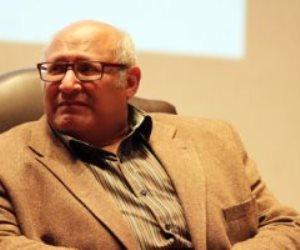 بقيمة مليون جنيه.. السفارة الأمريكية تهدى جامعة عين شمس مجموعة من الكتب