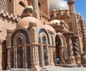 وصول وزير الأوقاف ومحافظ جنوب سيناء إلى مسجد الصحابة لأداء صلاة الجمعة