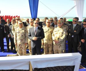 13 صورة ترصد تفقد الرئيس السيسي للمشروعات القومية في شرق بورسعيد