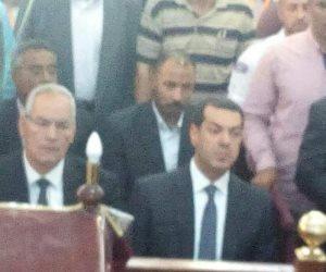 محافظ أسيوط يشارك في صلاة جنازة أسقف منفلوط