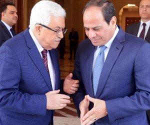 السيسي يجري اتصالا هاتفيا بالرئيس الفلسطيني للتأكيد على ضرورة إتمام المصالحة