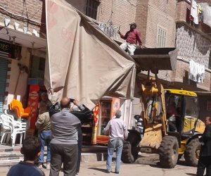 حملة مكبرة لإزالة الإشغالات بفوه كفر الشيخ ومتابعه الاستعدادات بمقرات اللجان الانتخابية (صور)