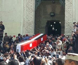 جنازة شهيدي الإسكندرية تتحول لمظاهرة ضد الإرهاب.. والهتاف: «لا إله إلا الله الشهيد حبيب الله»