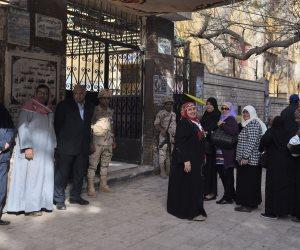 انتظام العملية الانتخابية في الإسماعيلية وتأخر فتح لجنتين بالمنيا