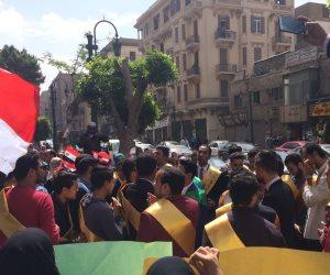 من قلب ميدان التحرير.. المصريون يكتبون السطر الأخير في مسيرة «تنظيم البنا» (فيديو وصور)