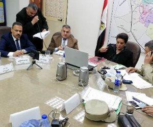 نادية عبده تتابع العملية الانتخابية من داخل غرفة عمليات محافظة البحيرة (صور)