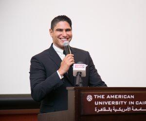 أبوهشيمة لطلاب الجامعة الأمريكية: النجاح ليس سهلاً مهما توفرت الإمكانات (صور)