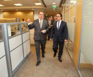 وزير الاتصالات يزور مقر شركة «أورنج- مصر» الجديد في القرية الذكية