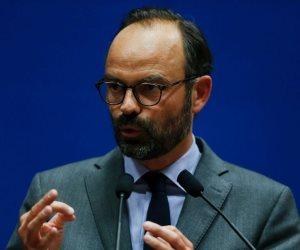 رئيس الوزراء الفرنسي يتقدم باستقالته