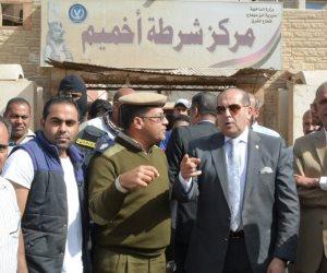 محافظ سوهاج يتفقد أعمال التطوير والتجميل بميدان مركز شرطة أخميم