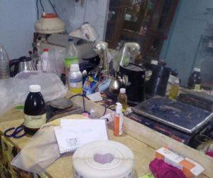 أمن القليوبية يضبط مصنعا للأدوية المغشوشة ومستحضرات التجميل بالخانكة (صور)