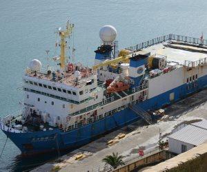 ميناء دمياط ينقذ سفينة حاويات ألمانية تعطلت ماكيناتها بالممر الملاحى