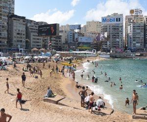 الإسكندرية ليست من بينها.. العناني ينهي استعدادت المدن الساحلية لاستقبال الزائرين