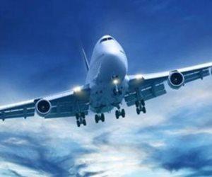 مفاجأة.. علماء إنجليز يحذرون من عودة الطيران ويشككون في جدوى العزل