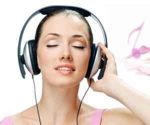 طريق الإبداع عند «الدلو».. 4 أبراج مهووسة بالموسيقى