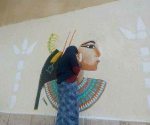 جامعة أسوان تهدي جداريتين لمديريتى التعليم و الصحة  (صور)