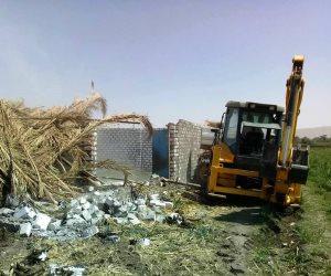محافظ سوهاج: إزالة 11 حالة تعدي على الأراضي الزراعية بمركز دار السلام