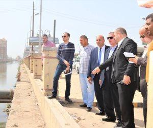 محافظ كفر الشيخ يتفقد إنشاء كوبرى وموقف أتوبيس بتكلفة 9 ملايين جنيه