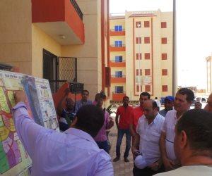 """""""محلية النواب"""" تتفقد مدينة أسوان الجديدة.. والسكان يعرضون مشاكلهم (صور)"""