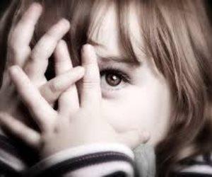 بتركهما في روضة أطفال.. طبيب أسنان وزوجته يتخلصان من طفليهما «التوأم»