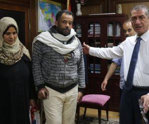 صرف إعانة شهرية لمواطنين بكفر الشيخ وإجراءات الفحوصات الطبية لهما