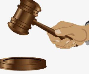 جنايات سوهاج تقضى بإعدام 3 متهمين بخطف سيدة وابنتها واغتصابهما