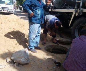 مياه القناه تنتهي من إصلاح طفح مياه الصرف بالغطوس بالقنطرة شرق