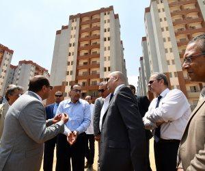 وزير الإسكان يتابع خطوات الانتهاء من تنفيذ 7440 وحدة سكنية بمشروع الأسمرات 3